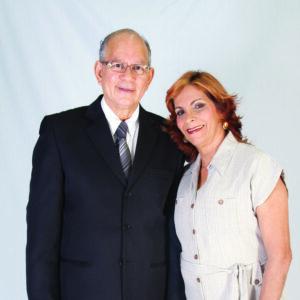 Ap. Ari Caetano e Denise